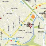 コンビニ・スーパー・公園が徒歩4分圏内の立地(地図)